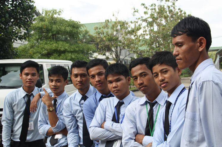 A good example of depersonalization. Group of webmaster of Social communication section of Don Bosco Sihanoukville, Cambodia by Povtula. Wikimedia Commons.
