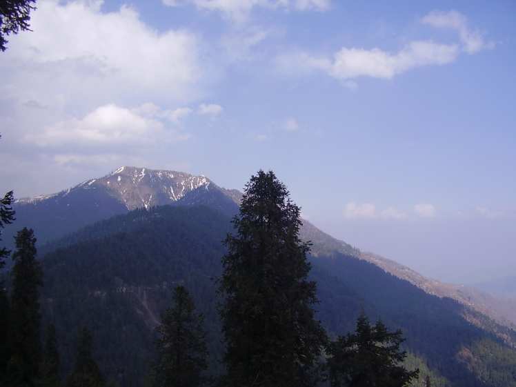 One of the many stunning views in Ayubia National Park. A view of Miranjani peak from Nathiagali by Khalid Mahmood. CC BY-SA 3.0